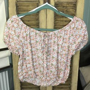 NWOT Pastel pink flower crop top blouse